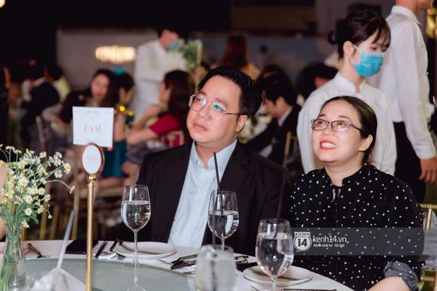 Đám cưới Quý Bình và nữ doanh nhân: Cô dâu - chú rể và dàn nghệ sĩ quẩy tưng bừng, lời hẹn ước của cặp đôi gây xúc động - Ảnh 12.