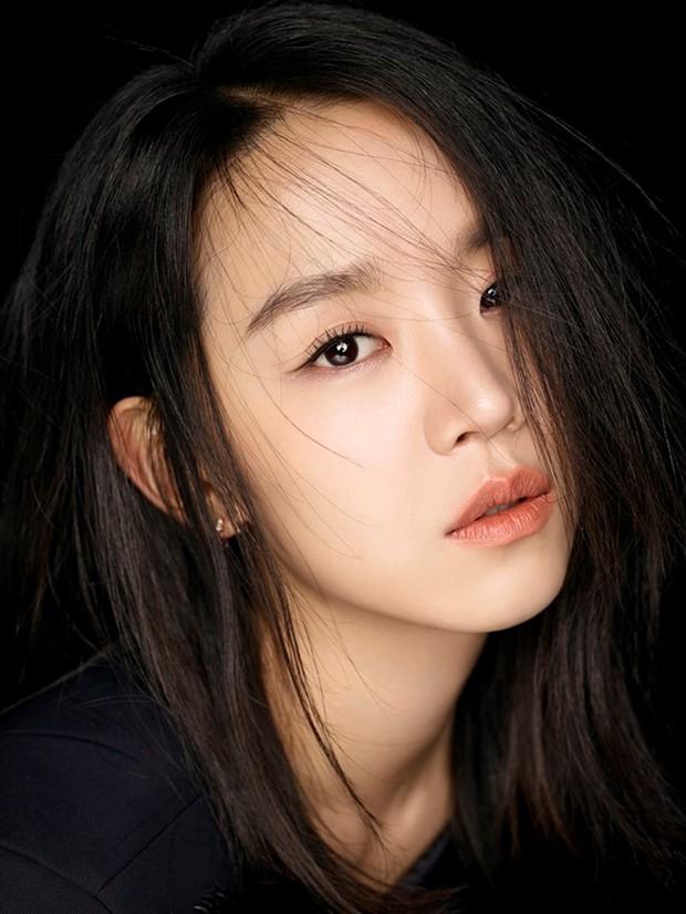 Mr. Queen Shin Hye Sun: Bông hoa nở muộn từ tình địch Nhã Phương hóa nữ hoàng rating nức tiếng xứ Hàn - Ảnh 2.
