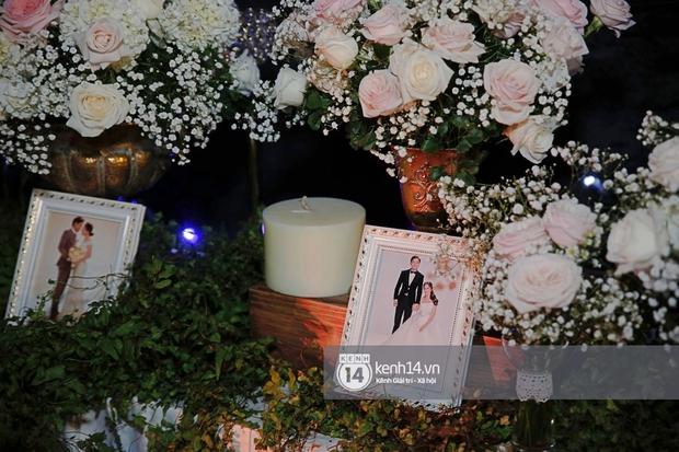 Đám cưới Quý Bình và nữ doanh nhân: Cô dâu - chú rể và dàn nghệ sĩ quẩy tưng bừng, lời hẹn ước của cặp đôi gây xúc động - Ảnh 27.