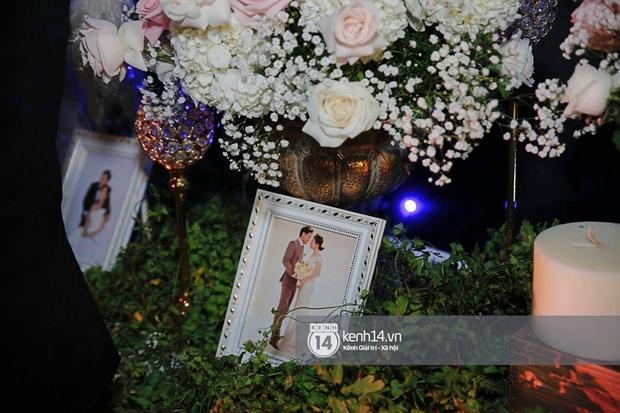 Đám cưới Quý Bình và nữ doanh nhân: Cô dâu - chú rể và dàn nghệ sĩ quẩy tưng bừng, lời hẹn ước của cặp đôi gây xúc động - Ảnh 28.