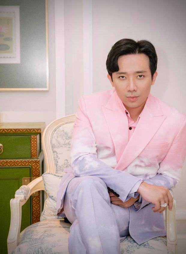 Trấn Thành bị chê hát thảm họa như Chi Pu khi cover siêu hit của Mariah Carey, netizen ngán ngẩm: Hát mà như đi diễn hài - Ảnh 2.