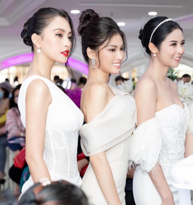 Ảnh đọ sắc nét căng giữa tân Hoa hậu và Á hậu 2, chưa biết ai đẹp hơn nhưng Đỗ Thị Hà đã bị soi vòng 2 kém thon - Ảnh 5.