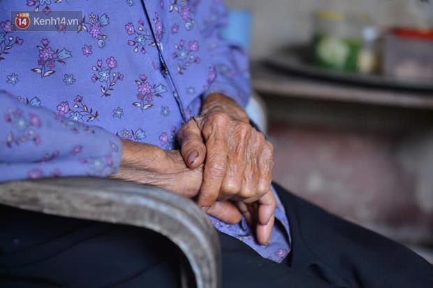 """Cụ bà gần 80 tuổi sinh ra trong """"nạn đói"""", sống cô độc từ nhỏ: """"Chiếc xe đẩy, củ sắn luộc là tất cả những gì tôi có"""" - Ảnh 4."""
