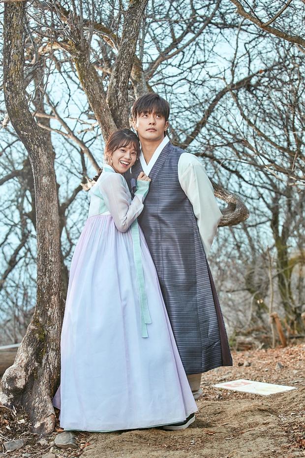 Chưa kịp làm người cần quên phải nhớ, Hoàng Yến Chibi đã vội nên đôi với nam tài tử cực phẩm xứ Hàn ở web drama mới - Ảnh 9.