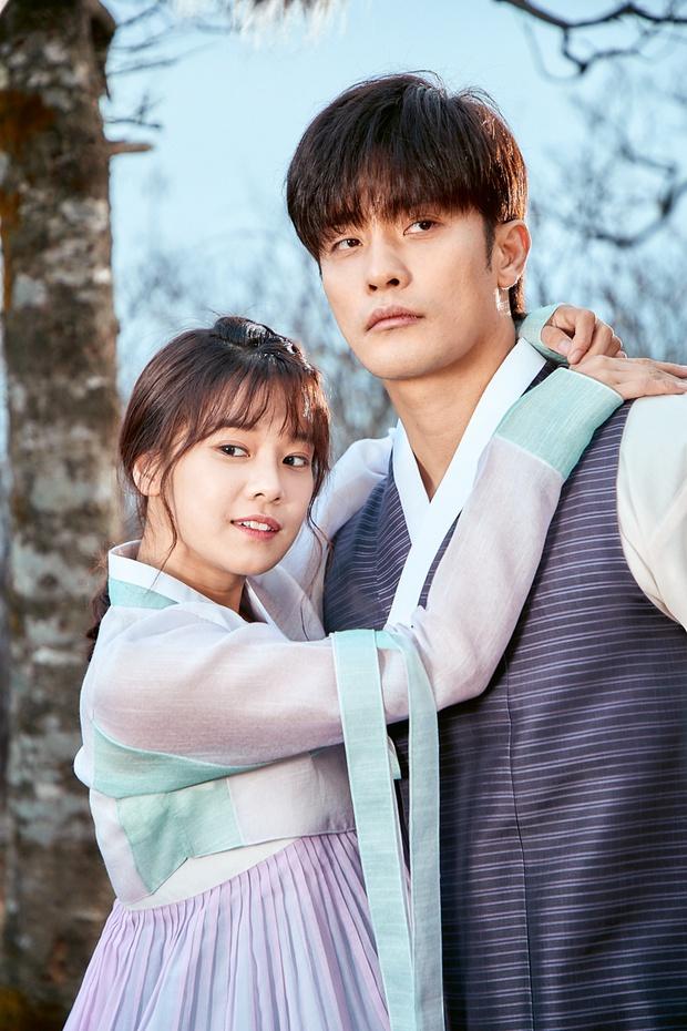 Chưa kịp làm người cần quên phải nhớ, Hoàng Yến Chibi đã vội nên đôi với nam tài tử cực phẩm xứ Hàn ở web drama mới - Ảnh 2.