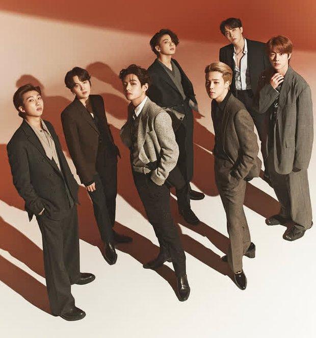 Album đầu tiên mà các thành viên BTS bỏ tiền ra mua: Jungkook mãi một tình yêu với IU, V và Jin cùng chung fandom nhóm nữ quốc dân - Ảnh 1.