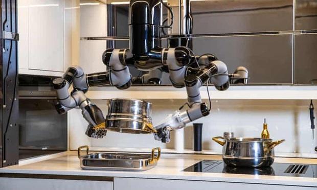 Chỉ với 7 tỷ đồng, bạn có thể sở hữu con robot biết nấu 5.000 món ăn hảo hạng, còn biết rửa bát luôn cho nó sạch - Ảnh 1.