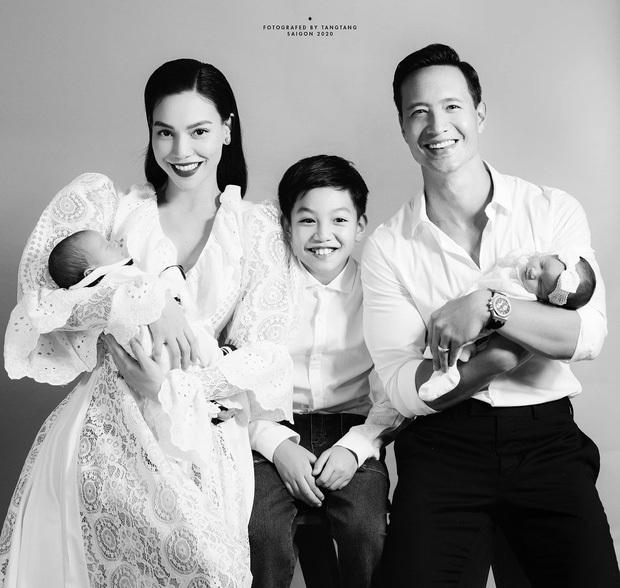 Thì ra Cường Đô La đã gọi điện chúc mừng khi hay tin Hà Hồ mang song thai, khoảnh khắc cùng nhau trêu Subeo cực ấm áp - Ảnh 4.