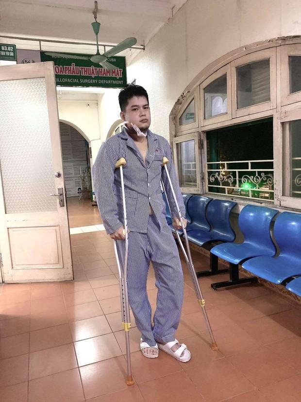Long Chun rút khỏi Gương Mặt Thân Quen vì phẫu thuật xương hàm, Hải Đăng Doo được mời trở lại thay thế - Ảnh 5.