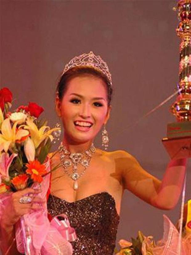Mai Phương Thuý bị đào mộ ảnh thời Yahoo, netizen choáng nhẹ vì dòng teencode tiên đoán thành Hoa hậu trẻ nhất lịch sử - Ảnh 4.