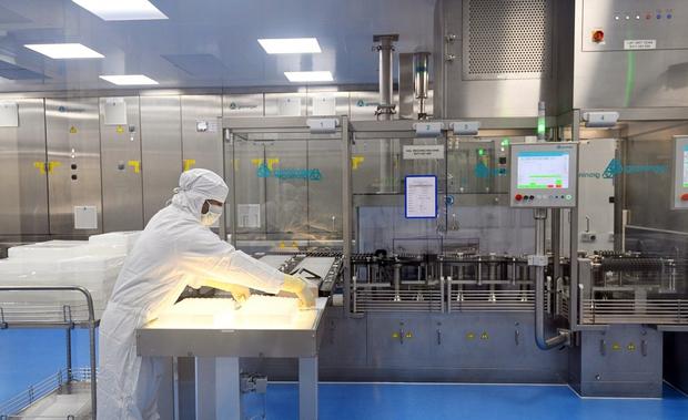 Ấn Độ đồng thời thử nghiệm lâm sàng 6 loại vaccine Covid-19 - Ảnh 1.