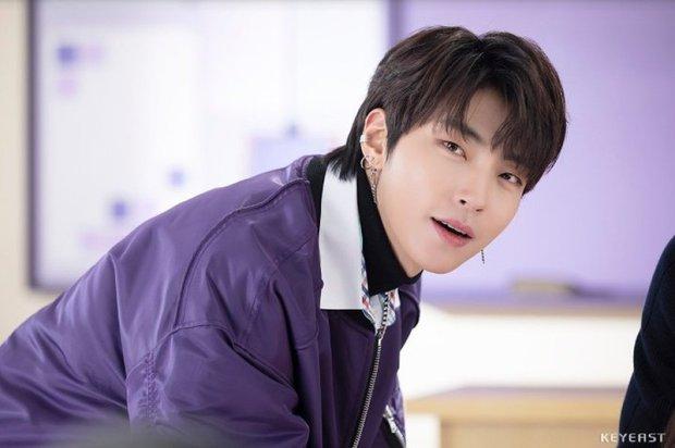 Hwang In Yeop: Chàng bad boy ngoài lạnh trong ấm của True Beauty khiến chị em mê đến mất liêm sỉ - Ảnh 8.
