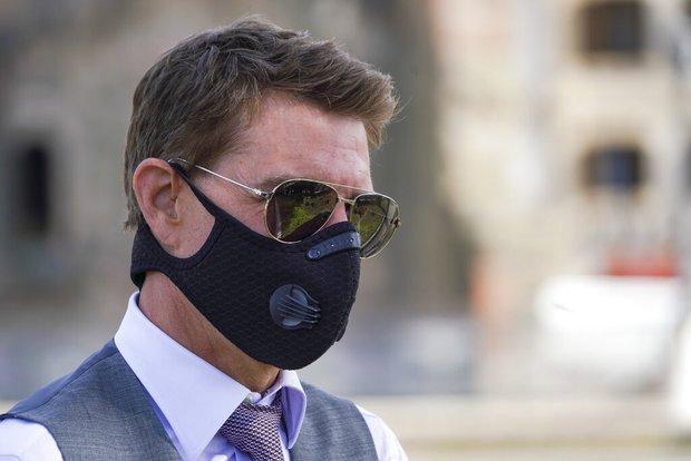 NÓNG: Tom Cruise tức sôi máu chửi um ở phim trường Nhiệm Vụ Bất Khả Thi, dọa đuổi việc ekip vì lý do vô cùng chính đáng - Ảnh 2.
