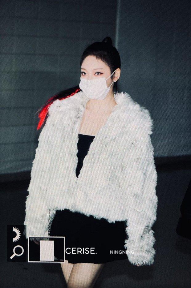 Bất ngờ lý do mỹ nhân mới nhà SM NingNing (aespa) mặc mát mẻ giữa trời đông âm độ: Tưởng tạo nét nhưng không phải vậy! - Ảnh 5.