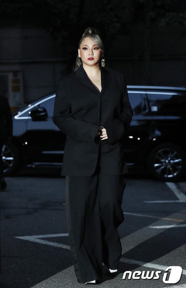 Những màn lột xác gây sốc nhất thập kỷ: Quá tiếc cho nhan sắc Việt Anh - Park Bom, Angela Baby - Hương Giang vụt sáng thành sao hạng A - Ảnh 52.