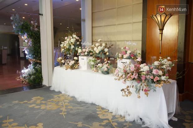 Những hình ảnh đầu tiên về tiệc cưới tại khách sạn hạng sang của MC Thu Hoài và chồng CEO - Ảnh 8.