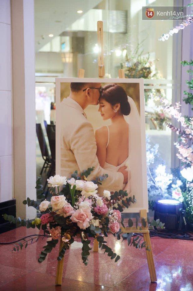 Những hình ảnh đầu tiên về tiệc cưới tại khách sạn hạng sang của MC Thu Hoài và chồng CEO - Ảnh 10.