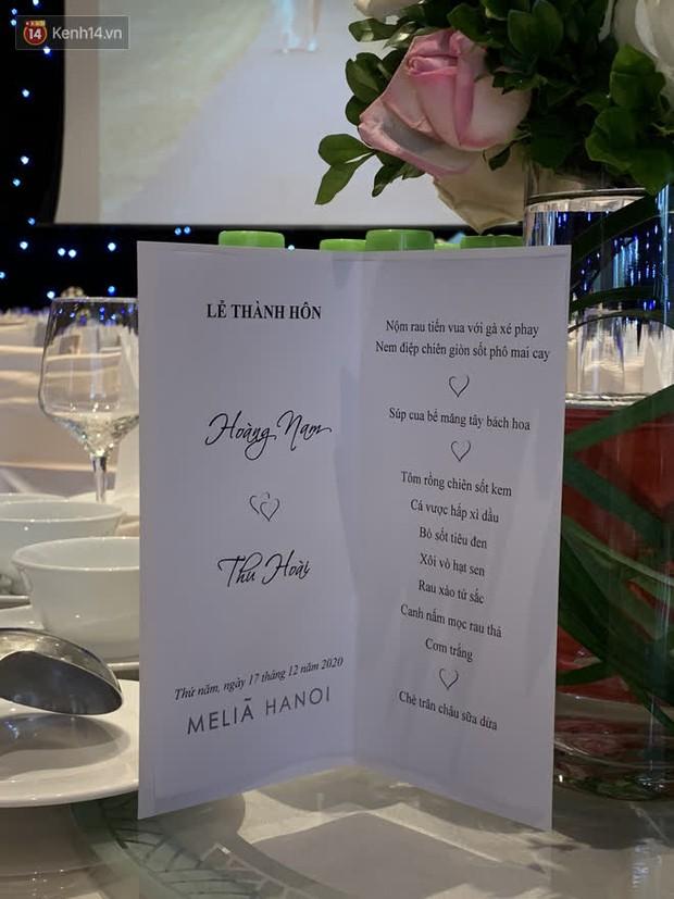 Hé lộ menu đám cưới ở khách sạn hạng sang của MC Thu Hoài: 11 món bao no, cơm trắng xuất hiện như là điểm nhấn quê nhà - Ảnh 1.