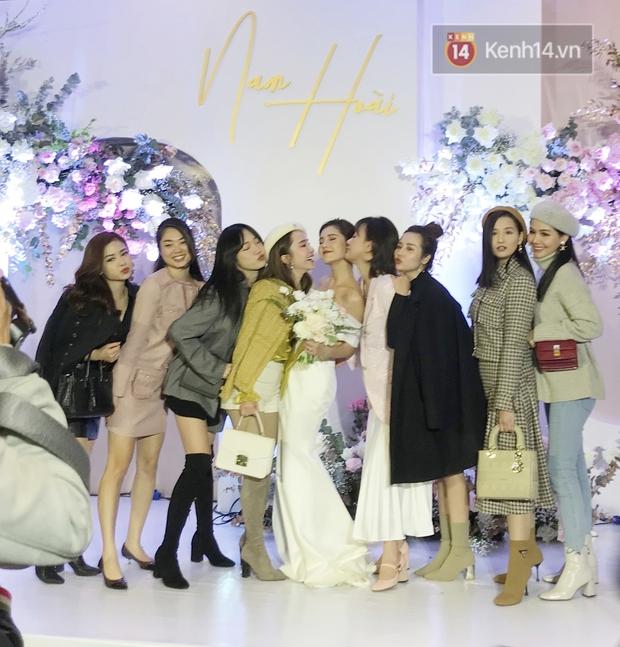 Linh Sugar đọ sắc với MC Thu Hoài, cạnh cô dâu xinh đẹp vẫn toả sáng vì trình hack tuổi quá đỉnh - Ảnh 1.