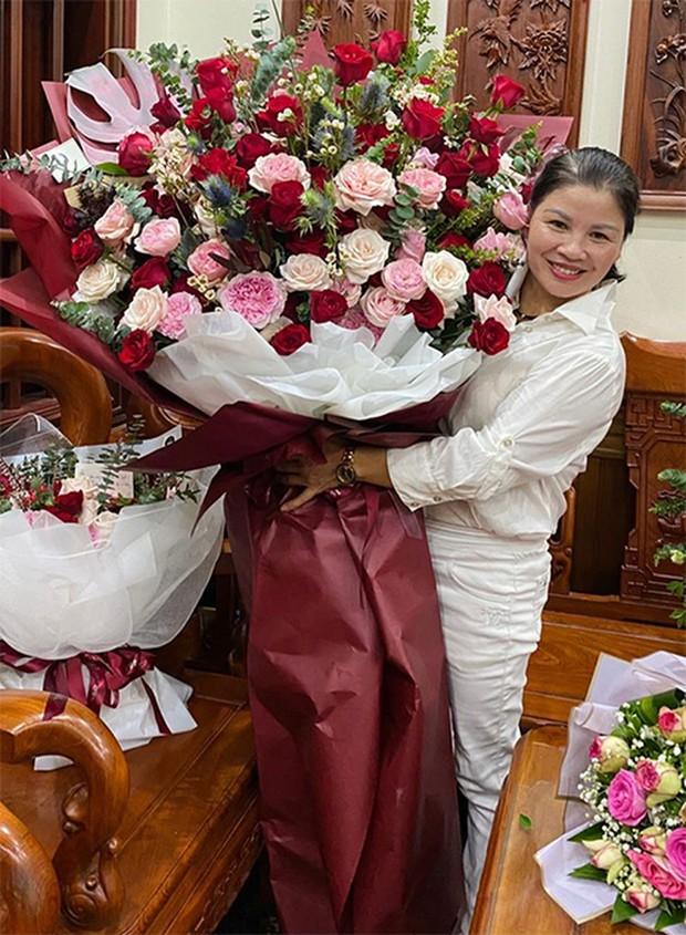 Huỳnh Anh tự tay tung tin nhắn hé lộ mối quan hệ hiện tại với mẹ ruột Quang Hải - Ảnh 6.