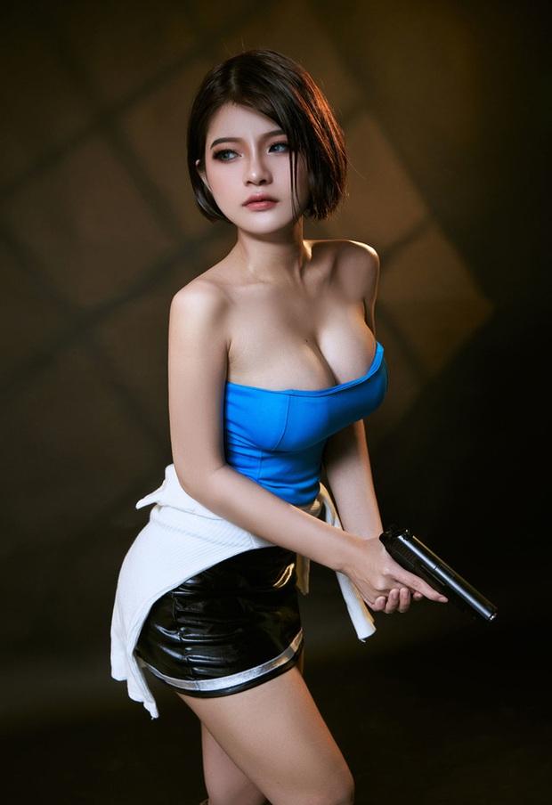 Nữ cosplayer Việt Nam được khen hết lời khi hóa thân thành cô nàng Jill Valentine siêu vòng 1 - Ảnh 2.