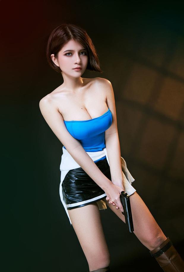 Nữ cosplayer Việt Nam được khen hết lời khi hóa thân thành cô nàng Jill Valentine siêu vòng 1 - Ảnh 14.