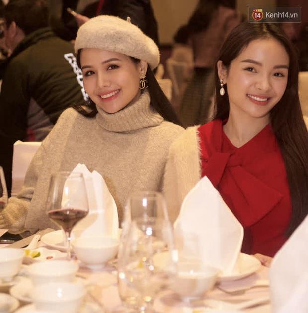 Phương Oanh lấp ló vòng 1 căng đầy, Quỳnh Nga - Lã Thanh Huyền rạng rỡ đọ sắc cùng Phanh Lee tại đám cưới MC Thu Hoài - Ảnh 7.