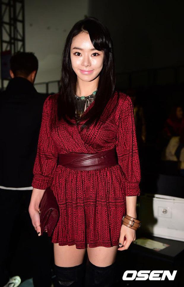 Những màn lột xác gây sốc nhất thập kỷ: Quá tiếc cho nhan sắc Việt Anh - Park Bom, Angela Baby - Hương Giang vụt sáng thành sao hạng A - Ảnh 57.