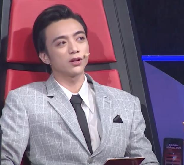 Netizen tranh cãi sau khi Wowy, Rhymastic, đến lượt Soobin được làm giám khảo tại Siêu Trí Tuệ - Ảnh 2.