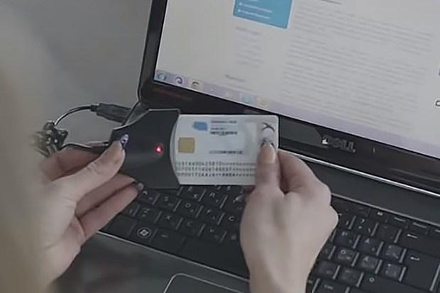 Toàn bộ thẻ Căn cước công dân mới sẽ được gắn chip tích hợp thông tin kể từ tháng 1/2021 - Ảnh 2.