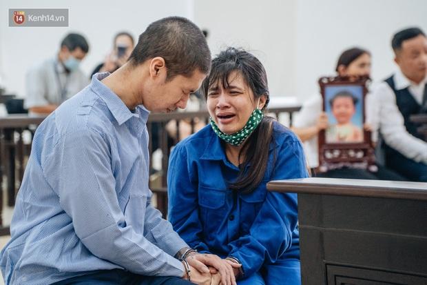 Bà ngoại viết đơn xin giảm án cho đôi vợ chồng bạo hành con 3 tuổi đến chết: Luật sư phân tích liệu 2 bị cáo có được giảm án? - Ảnh 1.