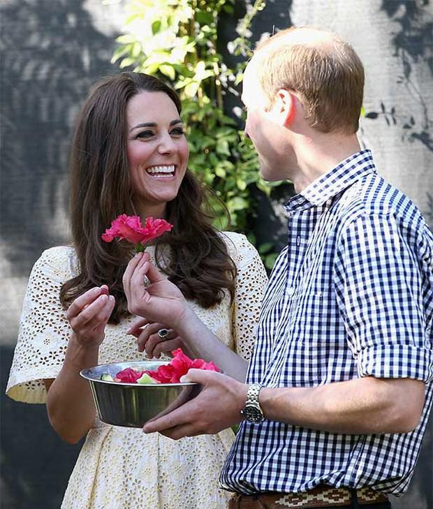 Góc cẩu lương: Mặc bao thị phi, vợ chồng Công nương Kate vẫn mặn nồng theo năm tháng, nhìn ánh mắt thôi đã thấy như ngôn tình - Ảnh 5.