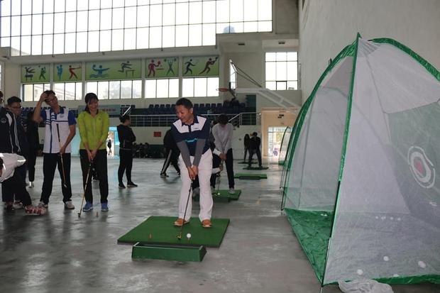 Đại học Quốc gia Hà Nội chuẩn bị đưa môn golf vào giảng dạy - Ảnh 3.