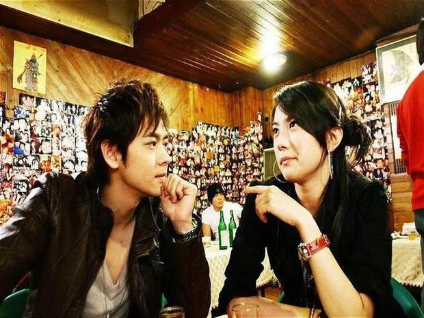 Lâm Chí Dĩnh lên tiếng về tin remake Sợi Dây Chuyền Định Mệnh, fan cổ vũ anh chú đóng lại cho rồi - Ảnh 11.