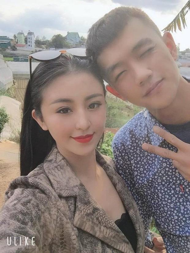 Lật lại năm 2013 bão tố của làng hot girl Việt: Yanbi đánh An Tây ngay Hàng Trống, Chi Pu thông báo chia tay Cường Seven - Ảnh 17.