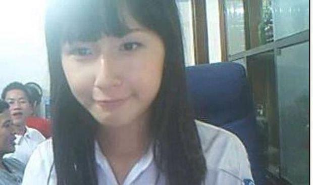 Netizen khui loạt ảnh thời Yahoo của Mai Phương Thuý: Để tóc mái bằng cực dễ thương và lộ mặt mộc bất ngờ - Ảnh 4.