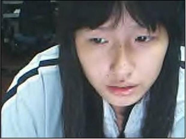 Netizen khui loạt ảnh thời Yahoo của Mai Phương Thuý: Để tóc mái bằng cực dễ thương và lộ mặt mộc bất ngờ - Ảnh 3.