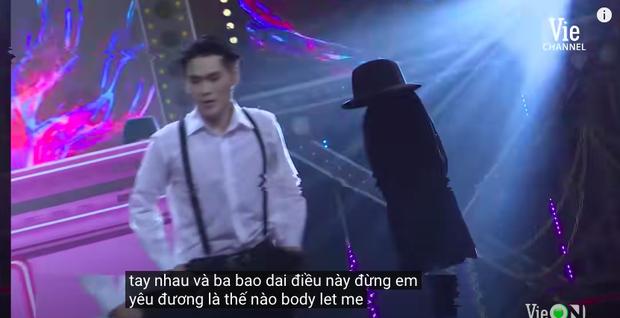 Rap Việt bật chế độ Vietsub tự động, màn trình diễn của MCK xuất hiện câu tục tĩu khiến Tlinh cũng khó hiểu - Ảnh 3.