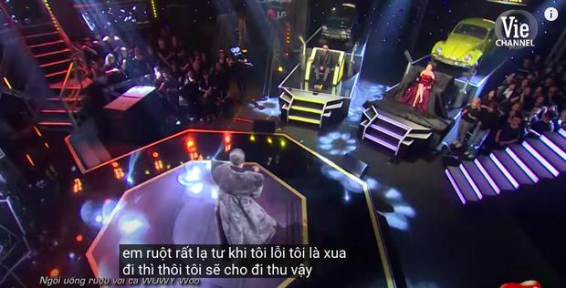 Rap Việt bật chế độ Vietsub tự động, màn trình diễn của MCK xuất hiện câu tục tĩu khiến Tlinh cũng khó hiểu - Ảnh 9.