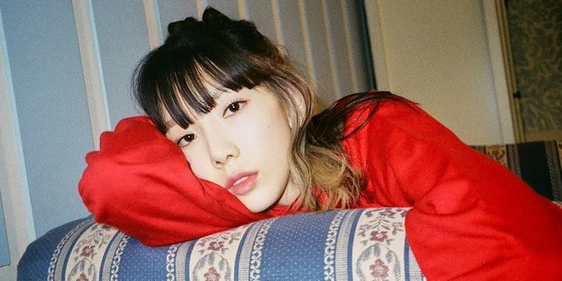 Đăng bài quảng bá album mới, Taeyeon bị nghi mượn tay fan cà khịa SM khiến netizen thích thú vì quá thâm sâu - Ảnh 3.