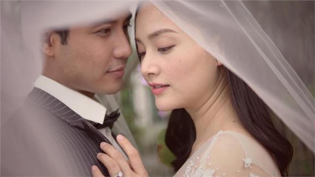 10 kiểu phản ứng hóa học dữ dội của cặp đôi phim Việt: Khoái nhất là xem Bảo Thanh - Quốc Trường ngược nhau tơi bời - Ảnh 12.