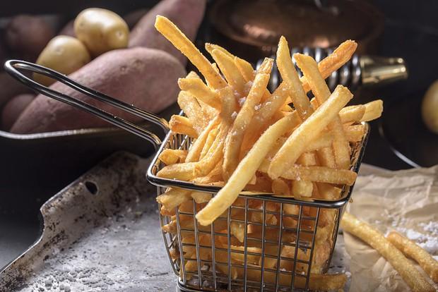 Mùa đông là thời kỳ vàng để bồi bổ dạ dày, chỉ cần ăn ít 4 thứ sau và thực hiện 2 thói quen đơn giản mỗi ngày - Ảnh 2.
