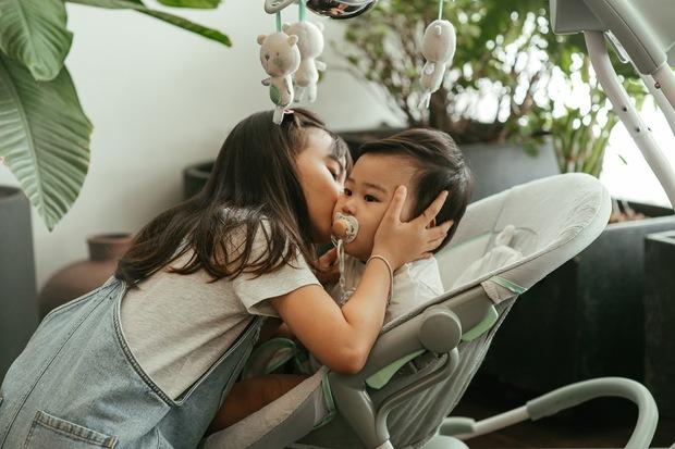 Ca sĩ Hoàng Bách ra mắt MV do con gái 8 tuổi sáng tác: Không muốn con mình trở thành một sao nhí hay hiện tượng mạng - Ảnh 15.