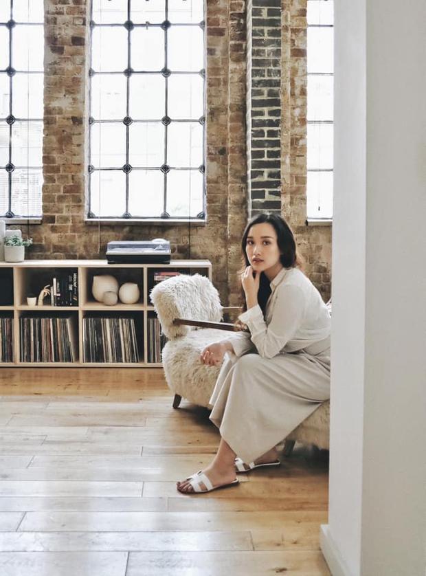 Cô gái Việt ở London mua nhà máy đồng hồ cũ rồi cải tạo thành nhà ở, chuyển hẳn nội thất từ Việt Nam sang - Ảnh 3.