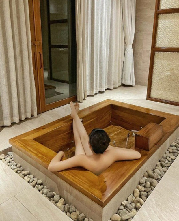 Kỳ Duyên tung ảnh chụp góc hiểm hóc gây lú cực mạnh, netizen phát hoảng vì tưởng nàng Hậu nude 100% - Ảnh 2.