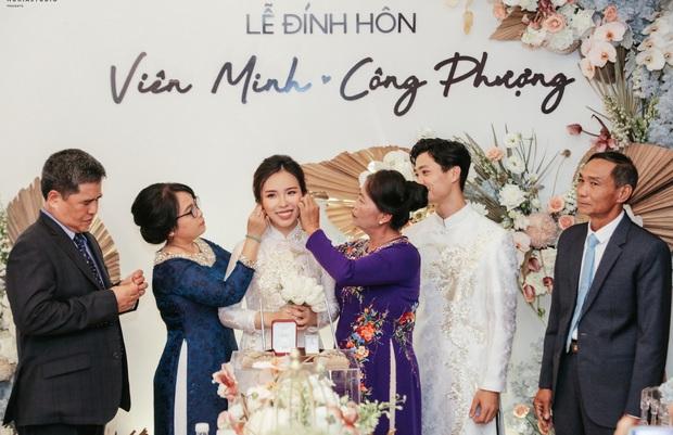Soi 2 đám cưới Công Phượng và Bùi Tiến Dũng: Tổ chức tận 3 nơi, dàn khách mời khủng và những chi tiết đặc biệt - Ảnh 5.