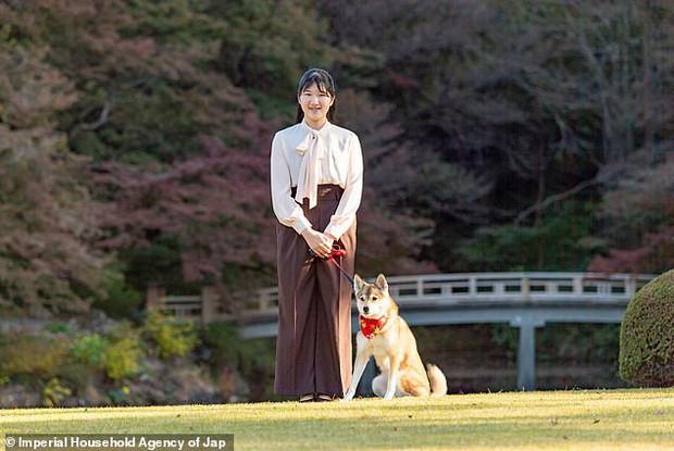 Công chúa Nhật Bản gây chú ý sau thời gian dài vắng bóng, xuất hiện với diện mạo trưởng thành trong bộ ảnh nhân dịp sinh nhật 19 tuổi - Ảnh 2.