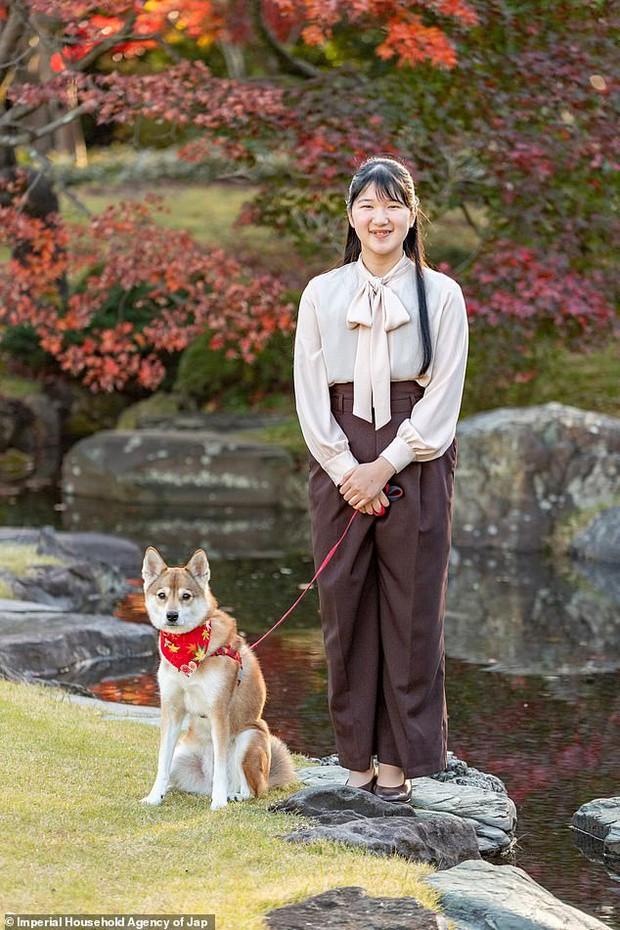 Công chúa Nhật Bản gây chú ý sau thời gian dài vắng bóng, xuất hiện với diện mạo trưởng thành trong bộ ảnh nhân dịp sinh nhật 19 tuổi - Ảnh 1.