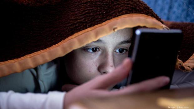Nghiên cứu mới: nghiện dùng smartphone không ảnh hưởng gì đến sức khỏe, tâm lý - Ảnh 1.