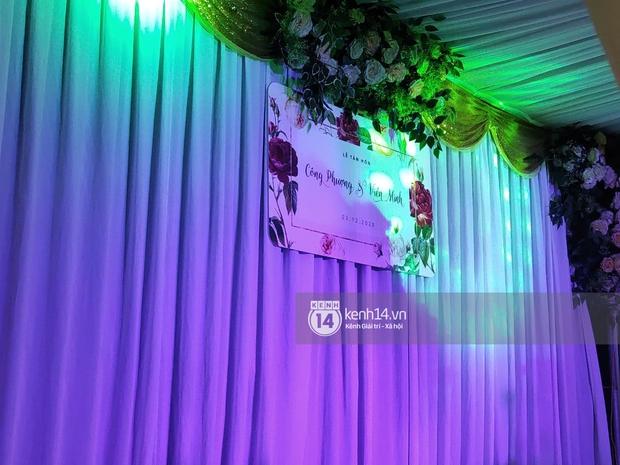 Tiệc đãi khách trước đám cưới Công Phượng ở Nghệ An: Chú rể rạng rỡ liên hoan cùng gia đình, khách đông như trẩy hội, hé lộ lễ đường cho hôn lễ ngày mai! - Ảnh 11.